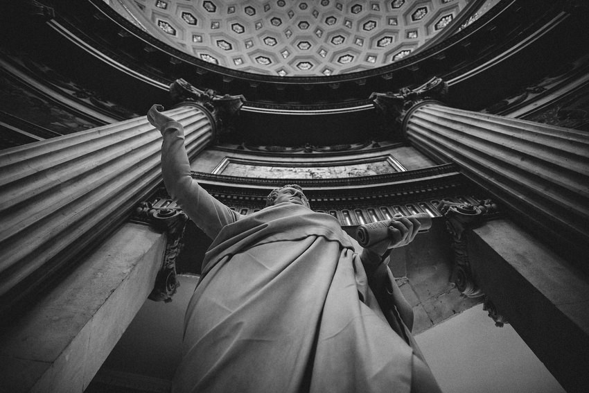 statues in dublin city hall