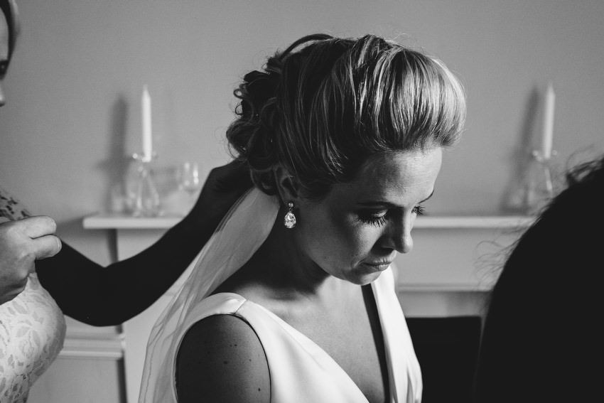 bride getting ready for wedding at coughjordan house